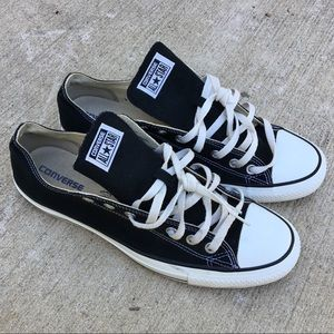 Converse Chuck Taylor's Low 11.5